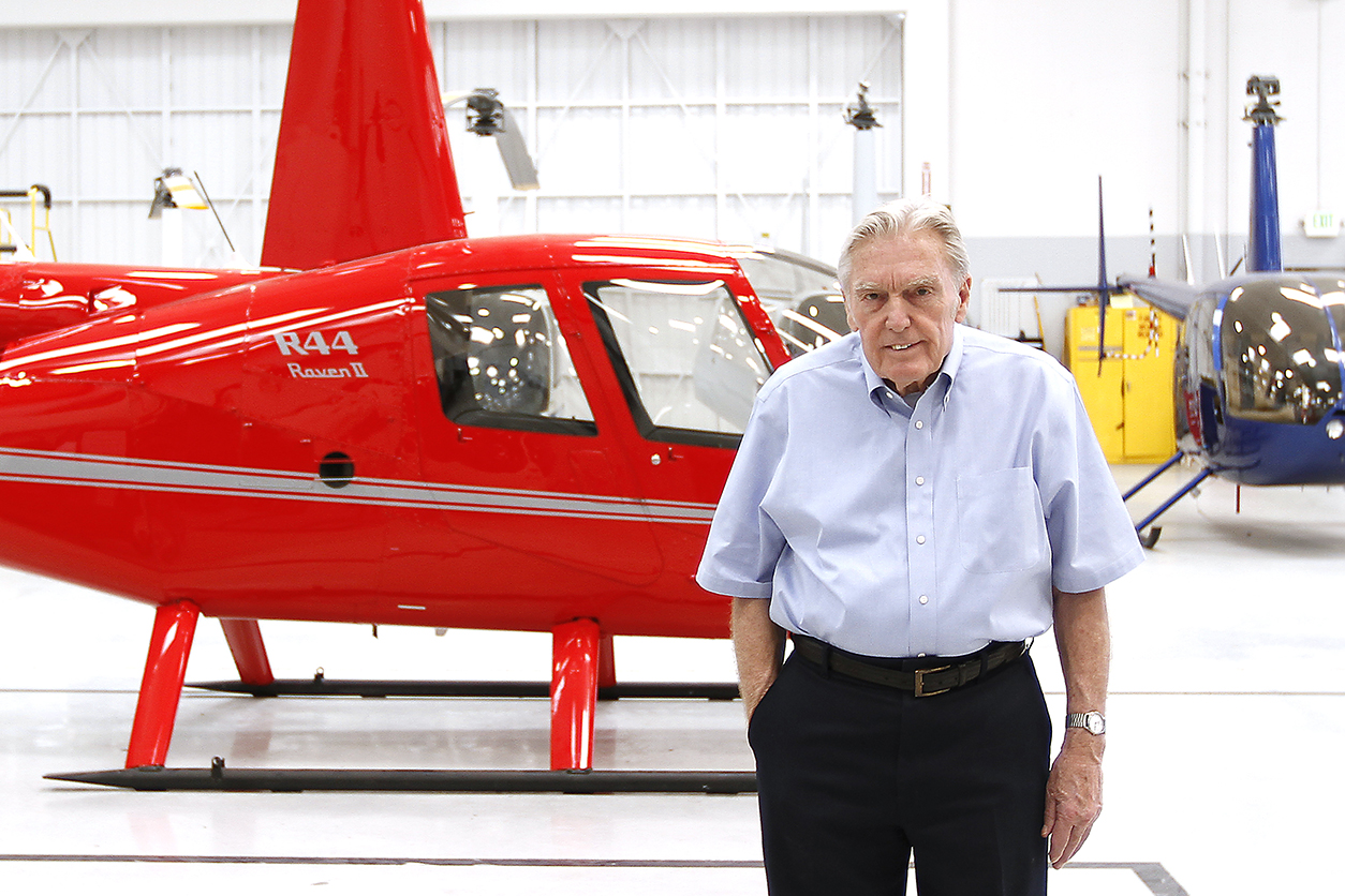 Frank Robinson Retires Photo 3