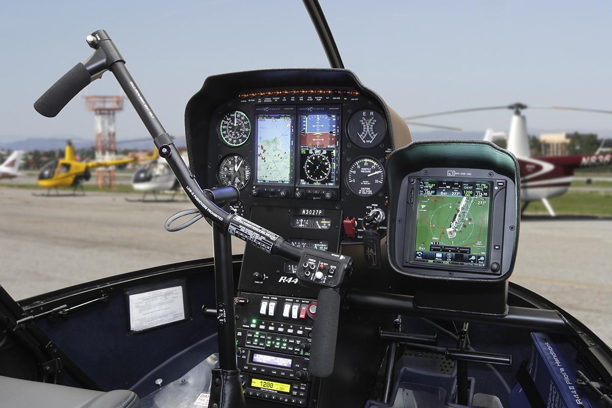 Robinson Introduces New R44 & R66 Autopilot and Aspen