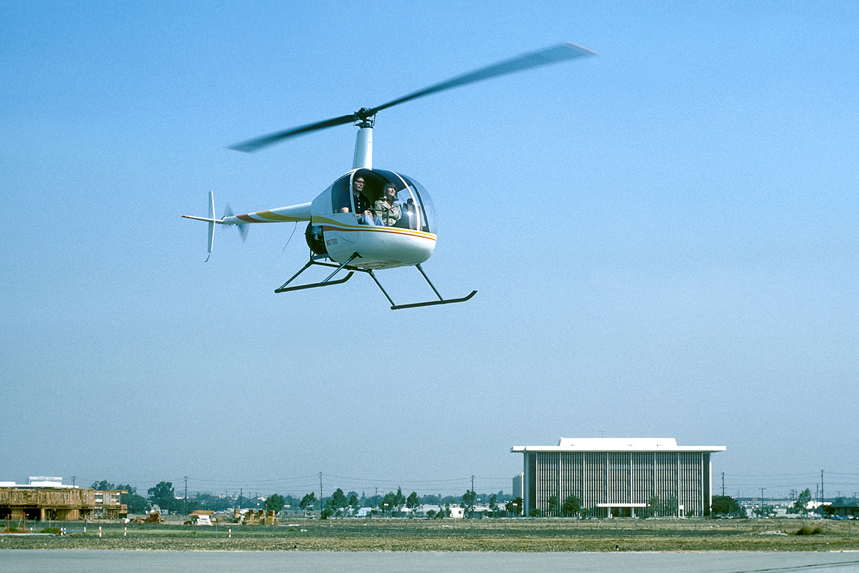 franK_flying_r22_sn0001_2