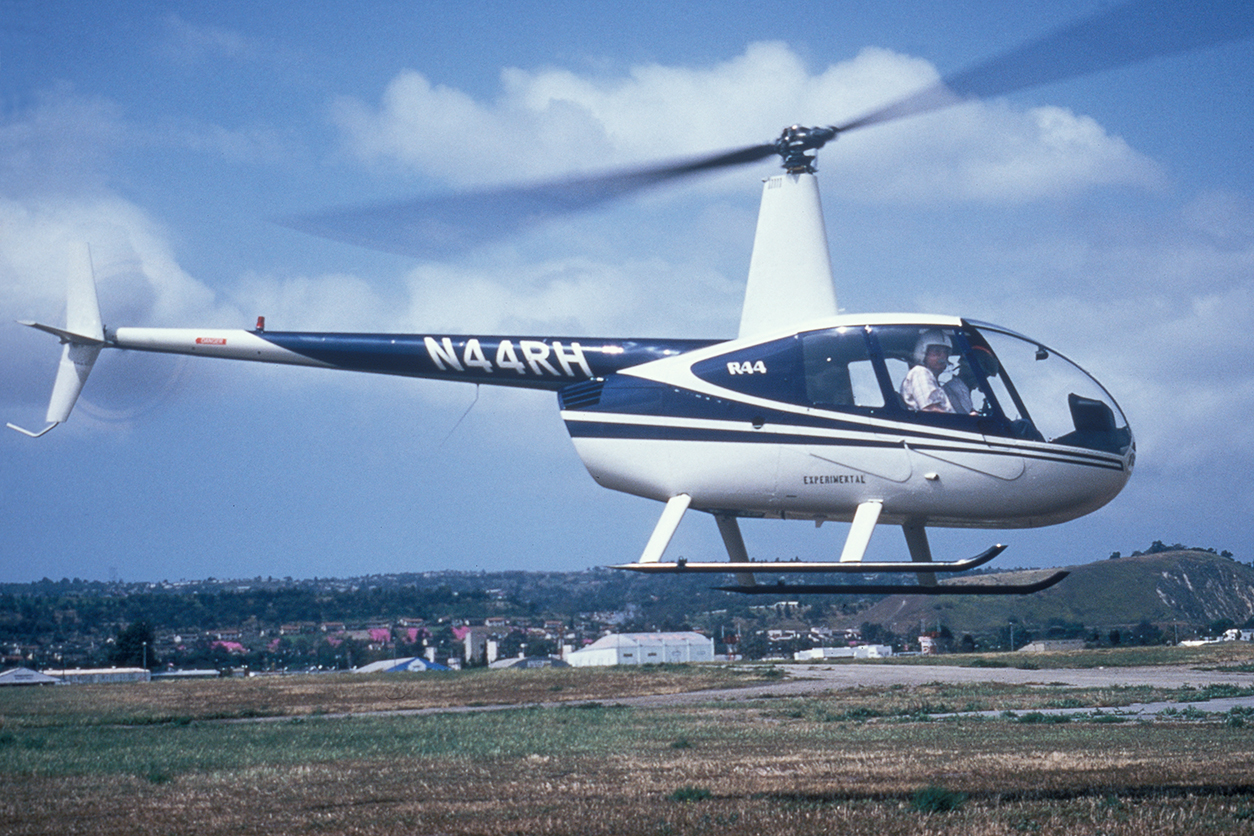frank_testflying_r44sn001_early90s