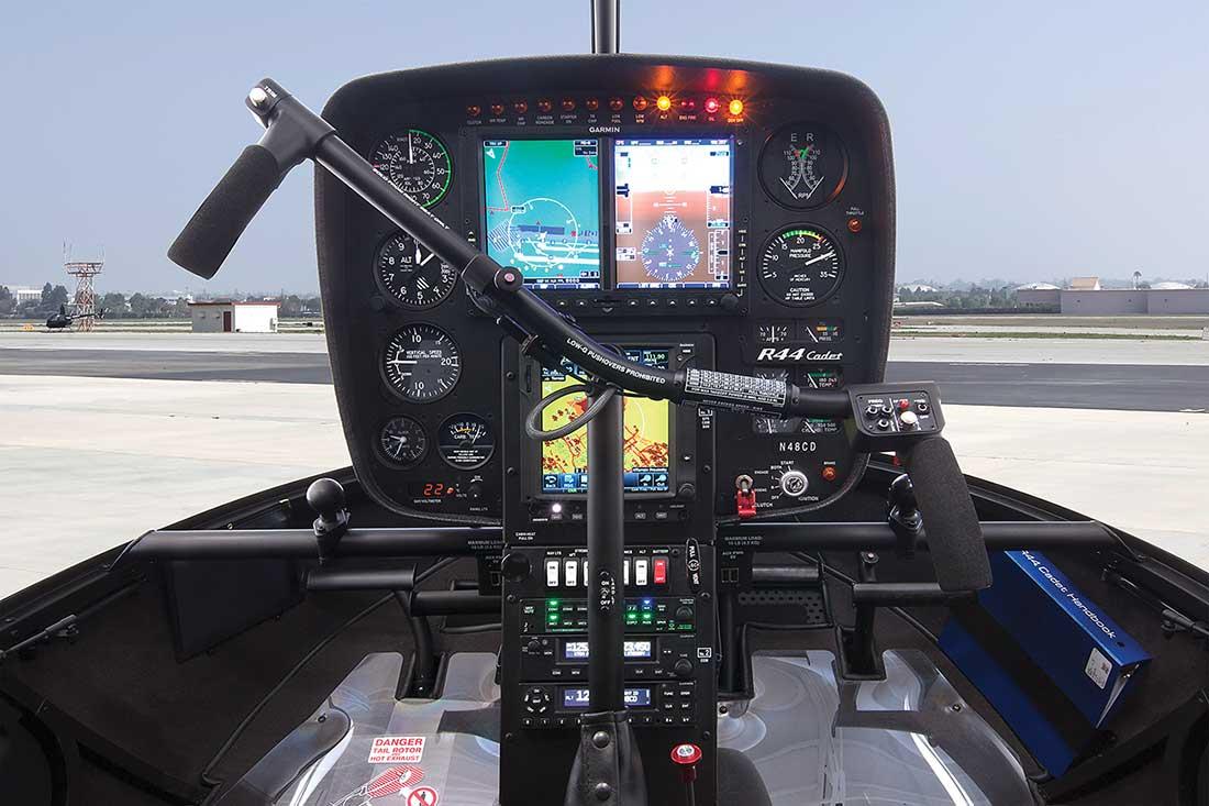 r44_cadet_g500h_panel_1100px