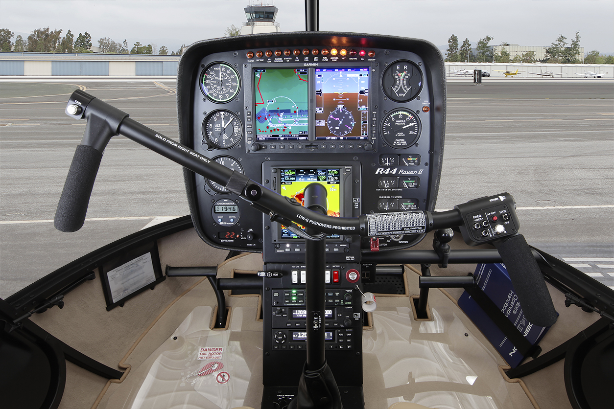 helicopter autopilot with R44 Specifications on 594706 also Swashplate  helikopter in addition Airbus Helicopters Vince Lo Sviluppo Lah Della Corea Del Sud furthermore Cirrus Sr20 besides Dragoncameradrones.