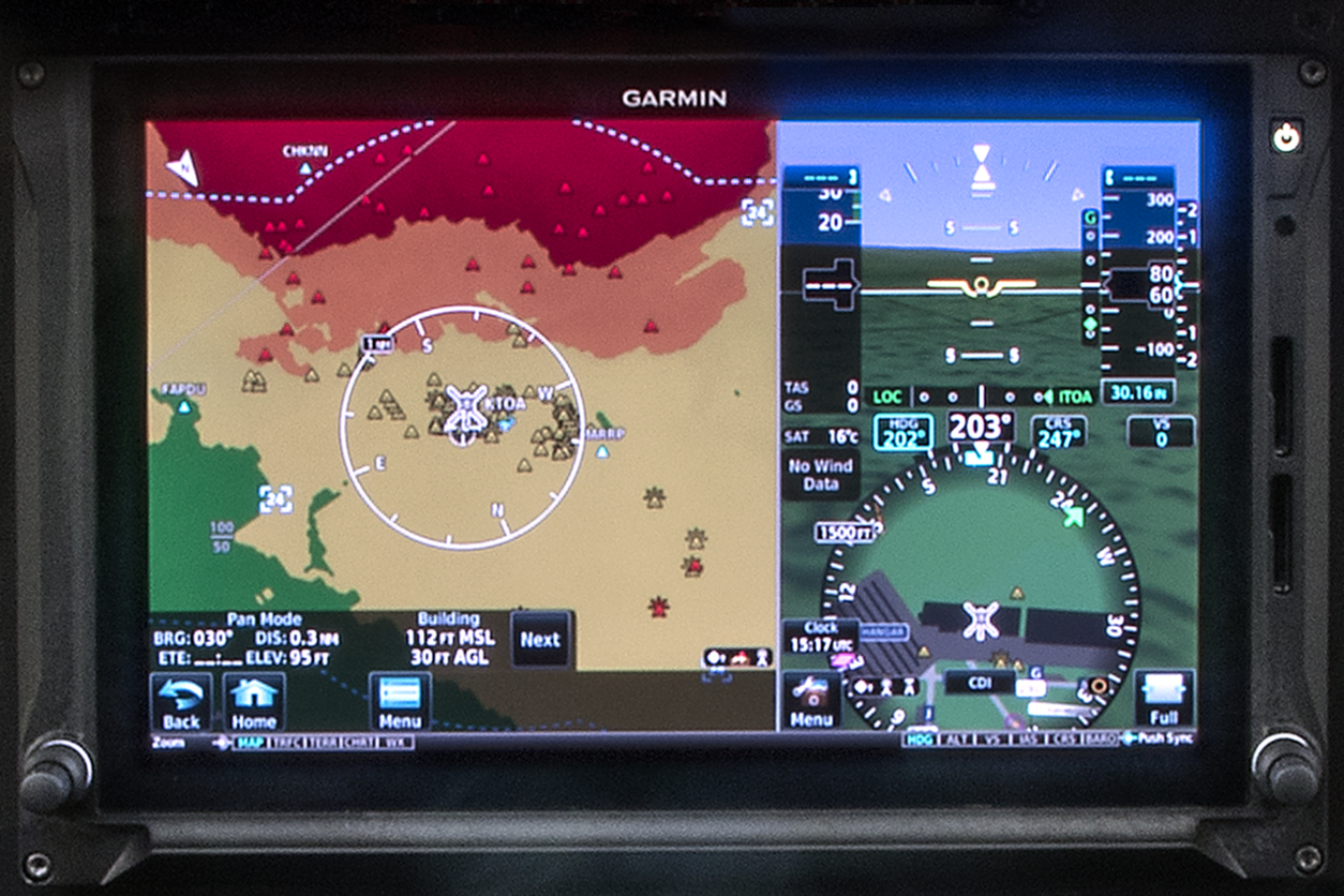 R66 Introduction Specifications Robinson Helicopter Company Garmin Fuel Wiring Diagram The Gdu Display Unit 1060 Txi Is A 106 Inch Installed In Robinsons Large G500h Console With Room Beneath For Any Gtn 6xx 7xx And
