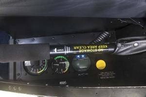 R66 Cargo Hook Left-Door Sill Gauges