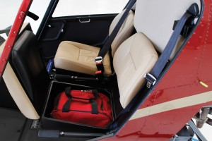 r22 under-seat storage