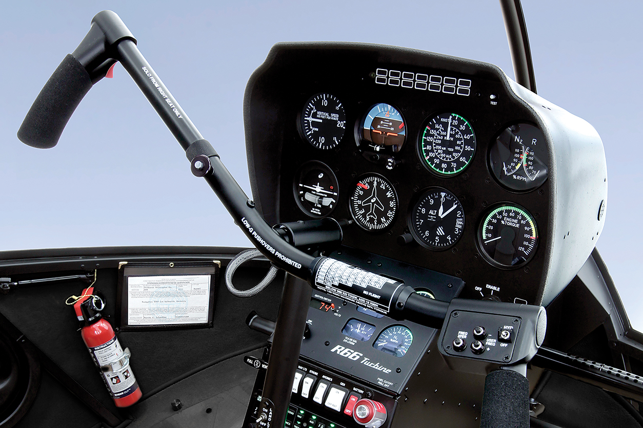 r66_standard_instrument_panel_1280